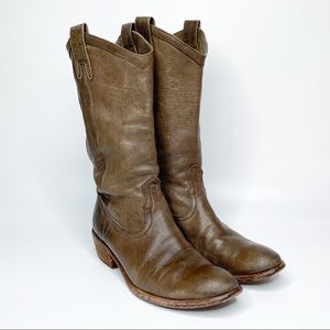 Frye Carson 77686 Pull-On Western Style Boots